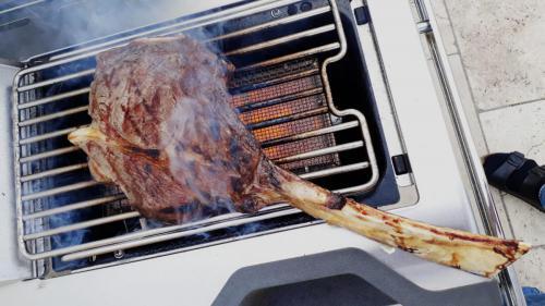 Tomahawk-Steak by Mario Hadersberger